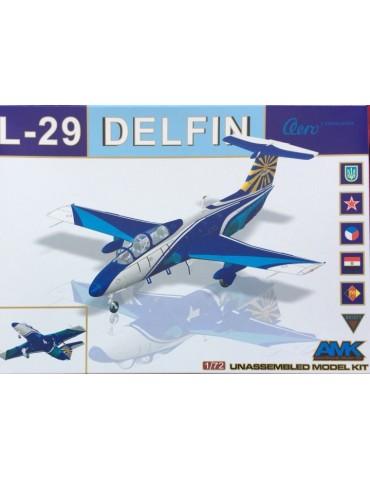 AMK 86001 Aero L-29 Delfín...