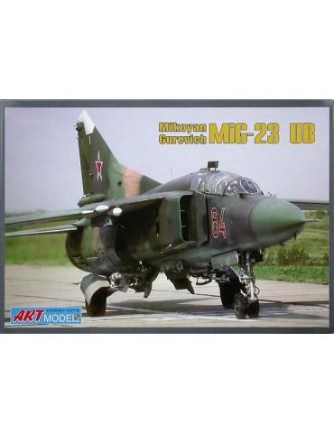 ART Model AM7210 МиГ-23УБ 1/72