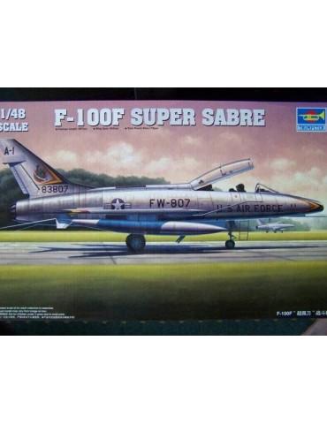 Trumpeter 02840 F-100F...