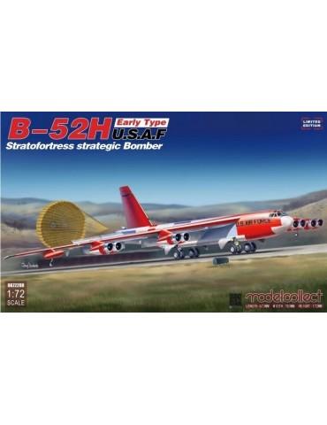 Modelcollect UA72208 B-52H...