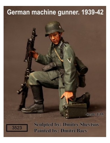 SOGA Miniatures 3523 German Machine Gunner 1939-42 1/35