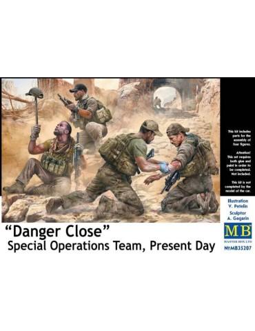 """Master Box MB35207 """"Опасность близко"""". Команда специальных операций, наши дни 1/35"""