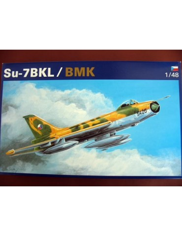 OEZ №2 Су-7 БКЛ/БМК 1/48