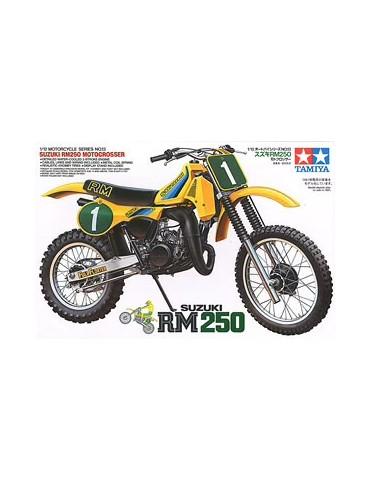 Tamiya 14013 Suzuki RM250...