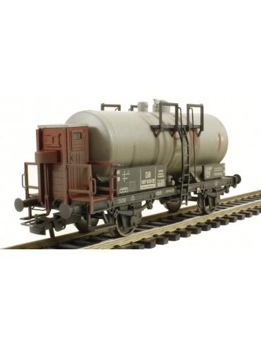 Liliput L235353 2 axled Tank Wagon DB Era III weathered H0