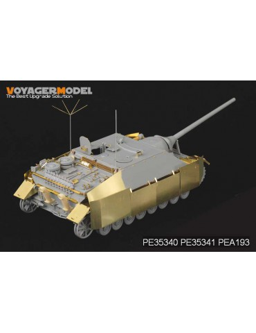 Voyager Model PE35341 WWII...