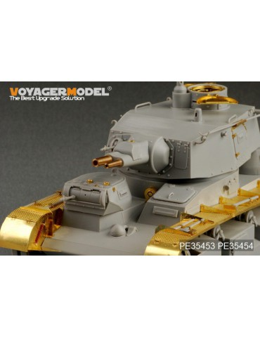Voyager Model PE35454 WWII...