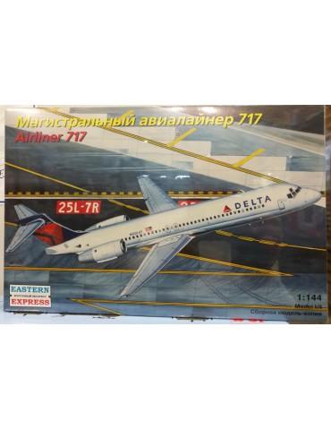 Восточный экспресс 144124 Airliner Boeing 717 Delta 1/144